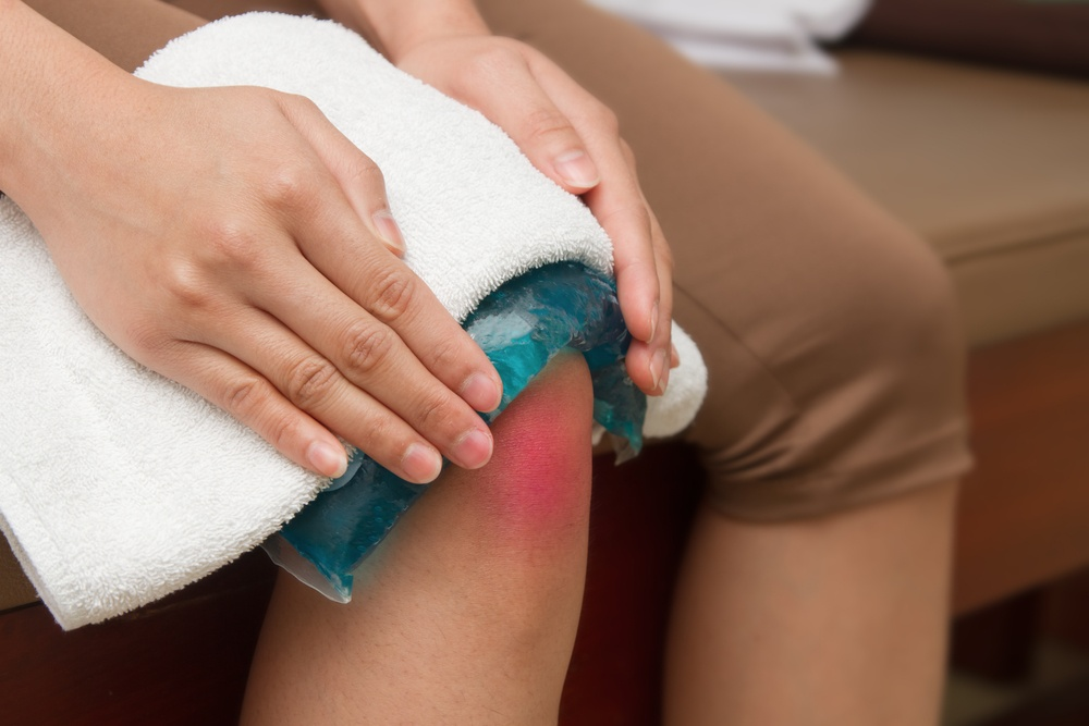 Treat Knee Pain Naturally